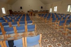Ledsagerrejse til Rumænien maj 2017 - stole til ny Brlaa kirke